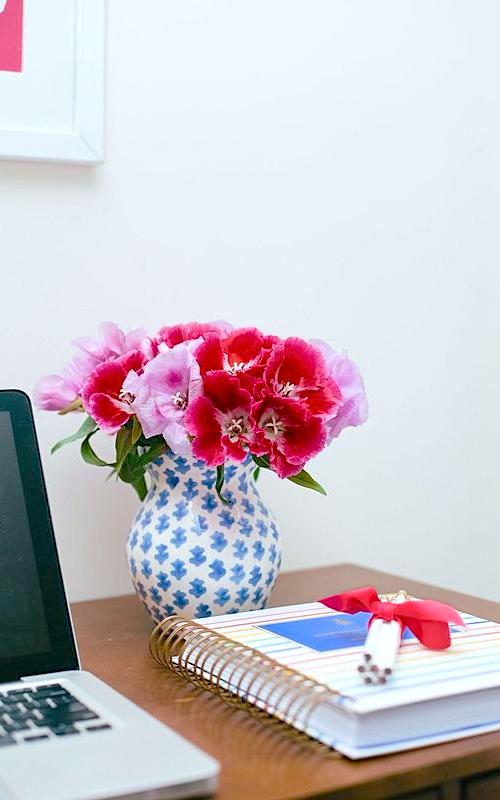 sister parish summer house vase
