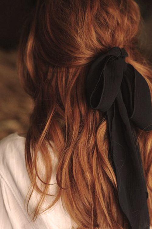hair bow wavy hair half up half down