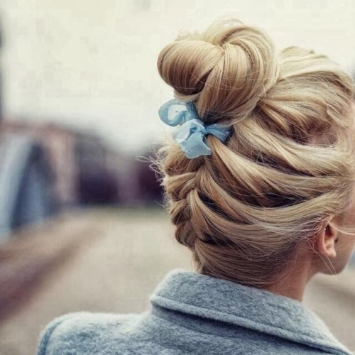 hair bow braided bun