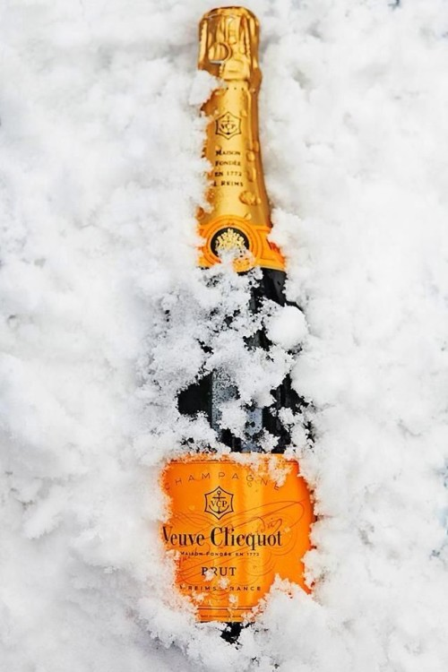 veuve cliquot in the snow