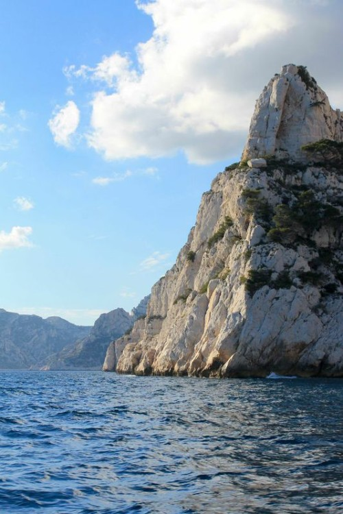 calanques de cassis france boat tour