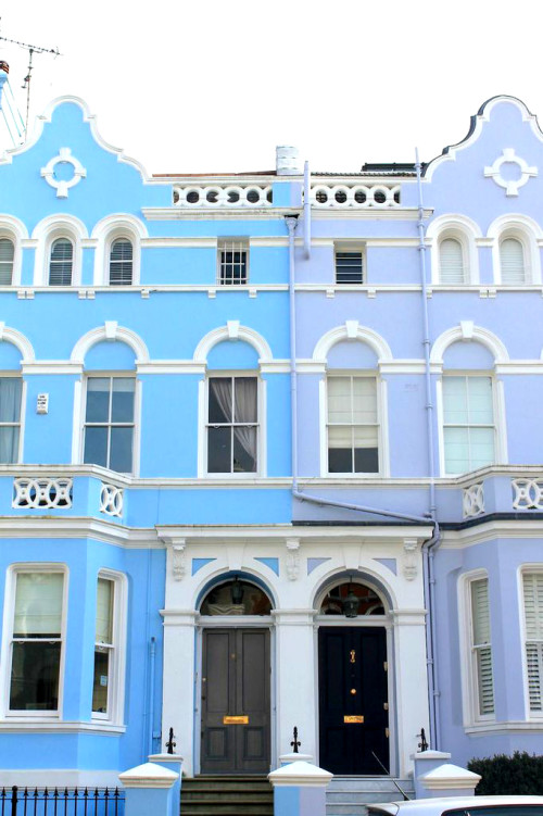 notting hill london blue and lavender purple townhouses