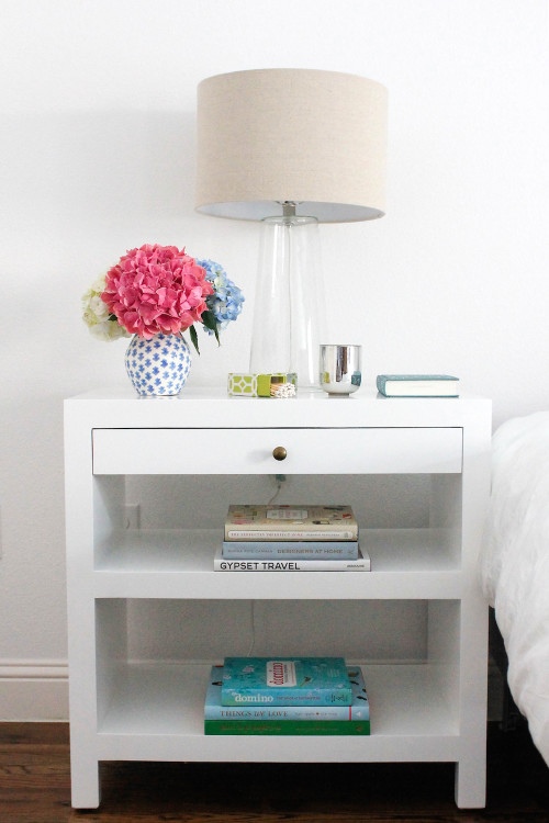 design darling bedside table