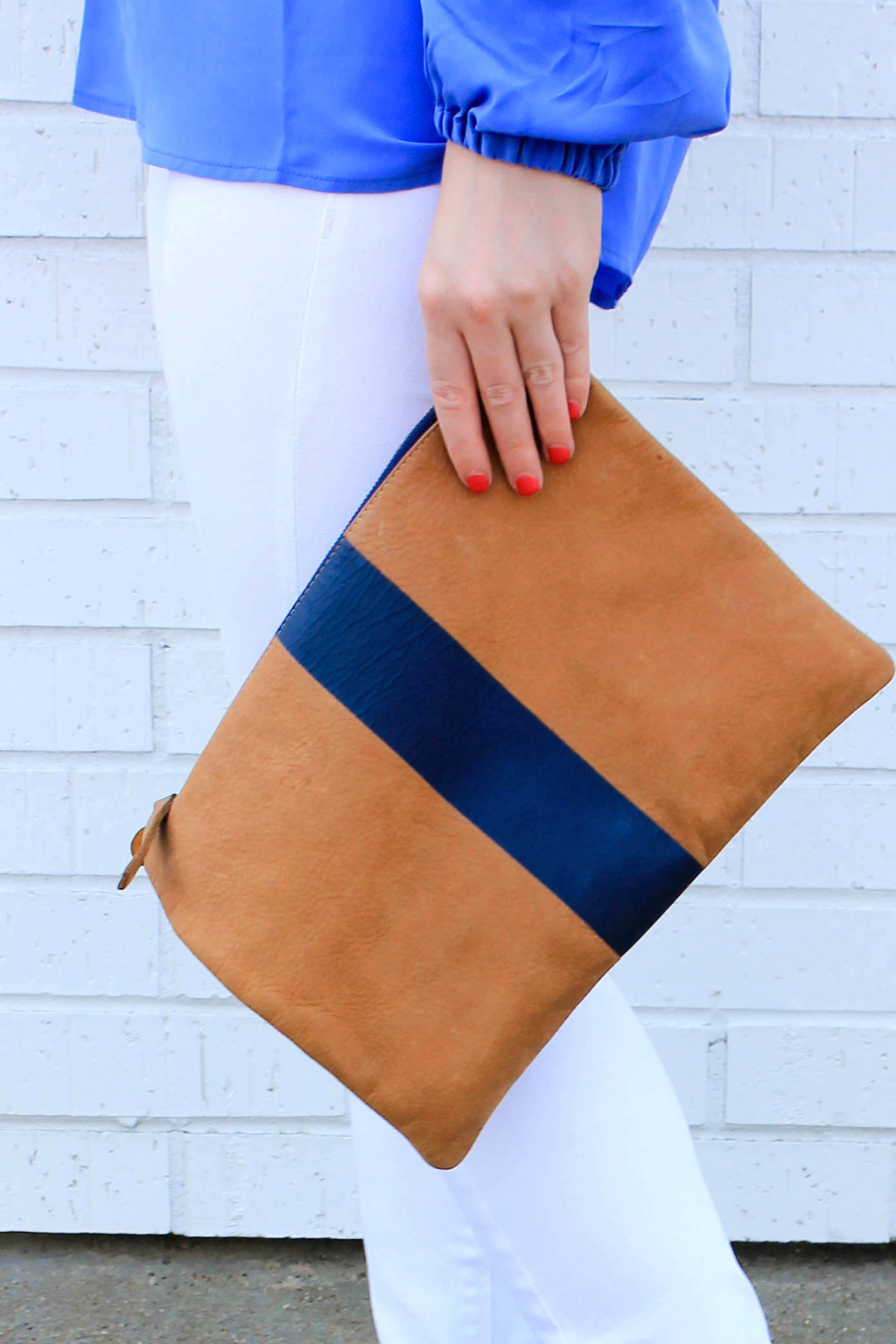 clare v flat clutch navy stripe