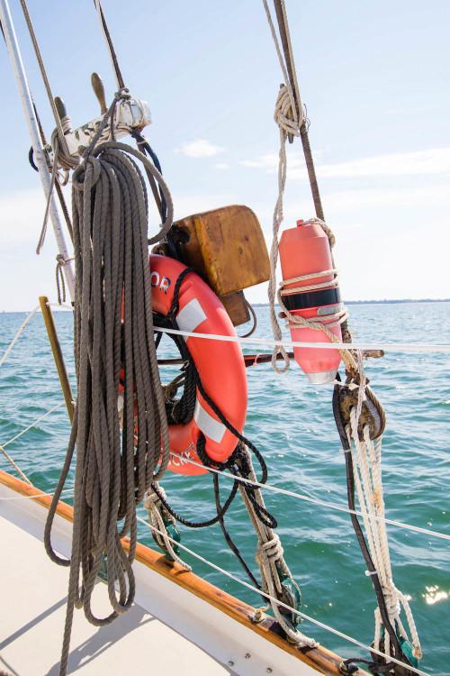 endeavor sailing nantucket