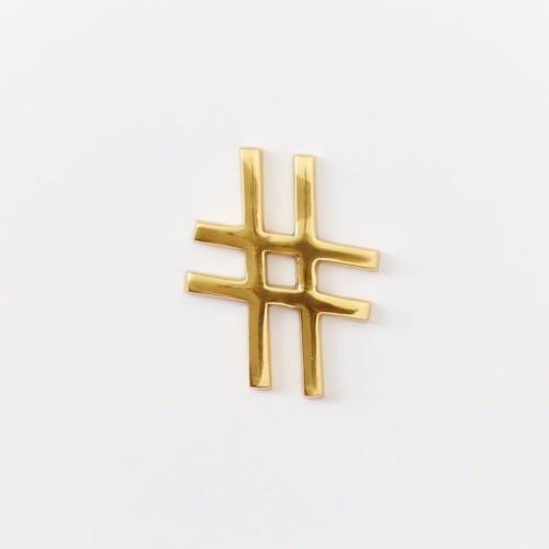 brass-hashtag-o