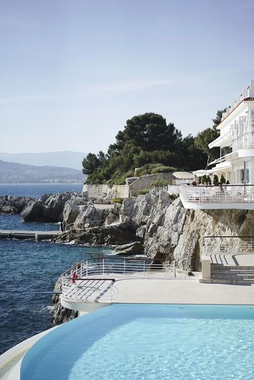 hotel-du-cap-eden-roc-antibes-france-500x749