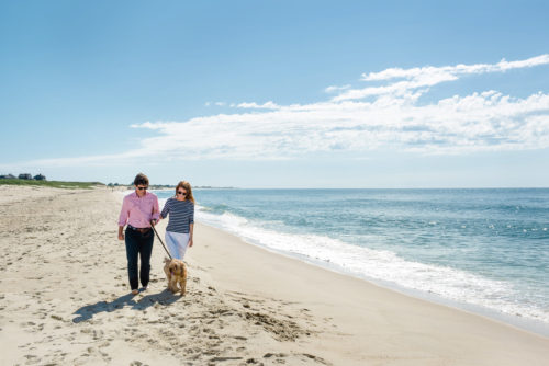 beach-engagement-photos-on-nantucket
