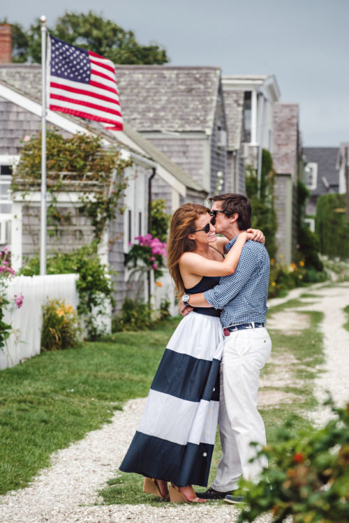 design-darling-engagement-photos-in-sconset-on-nantucket