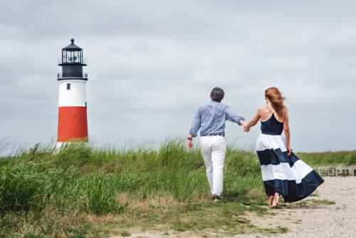 sankaty-lighthouse-engagement-photos-on-nantucket