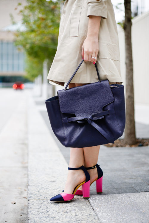 trench-coat-annabel-ingall-annie-satchel-and-j-crew-satin-colorblock-pumps-on-design-darling