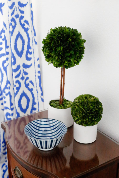 design-darling-dallas-home-tour-boxwood-topiaries