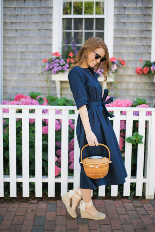 design darling navy shirtdress and nantucket lightship basket