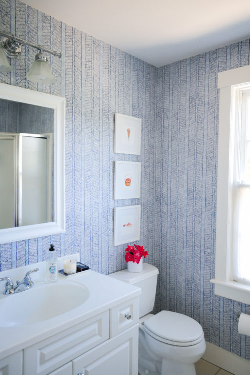 design darling nantucket bathroom blue and white wallpaper