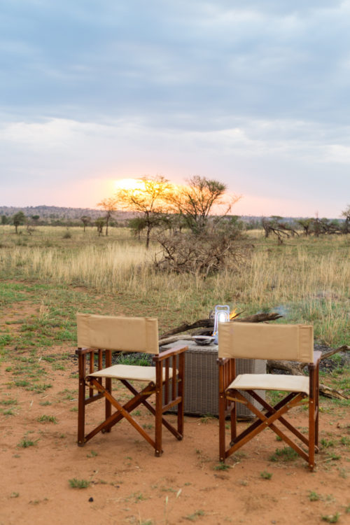 four seasons serengeti honeymoon bush dinner