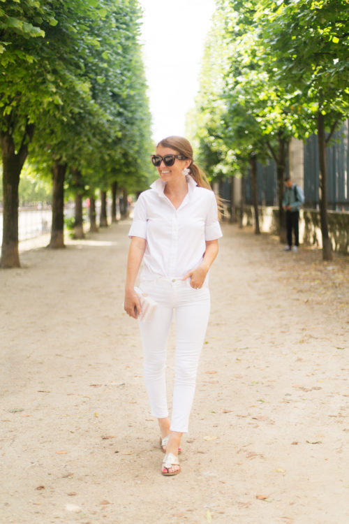 design darling all white outfit at jardin des tuileries paris
