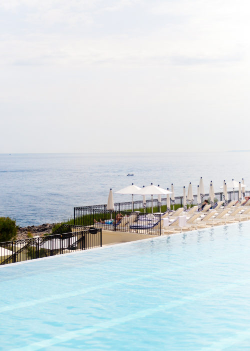 grand hotel du cap-ferrat pool restaurant on design darling-3