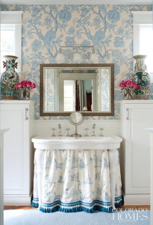 skirted sink with fringe trim